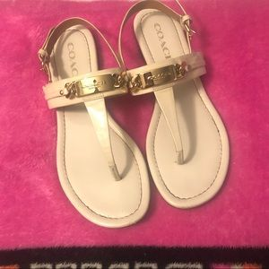 Coach Catherine patent leather thong sandals 6.5